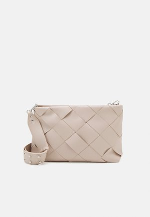 PCMADDY CROSS BODY - Bandolera - birch/silver-coloured