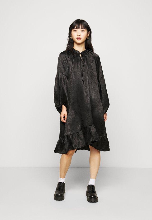 OBJELISABETH DRESS - Korte jurk - black
