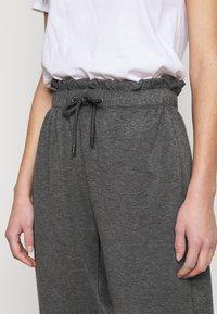 ONLY Tall - ONLPETRA PAPERBAG PANT - Kalhoty - dark grey melange - 4