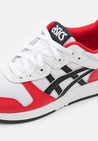 ASICS SportStyle - LYTE CLASSIC UNISEX - Sneakers - white/black - 5
