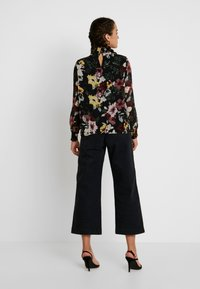 ONLY - ONLTHEA SMOCK   - Blouse - black - 2