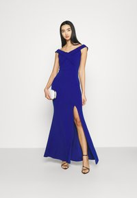 WAL G. - ARIAH OFF THE SHOULDER MAXI DRESS - Suknia balowa - electric blue - 1