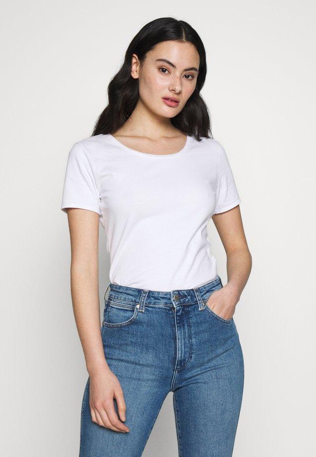 FIZVALLEY - T-shirts - blanc