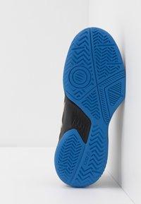 ASICS - GEL-GAME - Zapatillas de tenis para tierra batida - black/champagne - 5