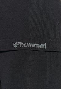 Hummel - HMLTIF SEAMLESS  - Camiseta de deporte - black - 5