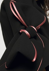 Roksanda - KEMI - Top sdlouhým rukávem - black/rose - 10