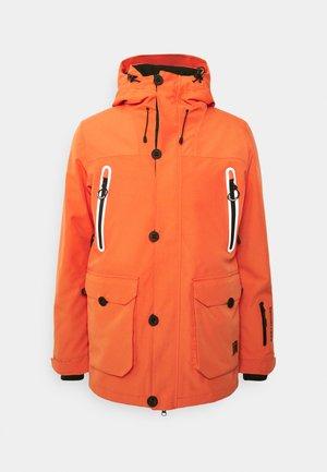 FREESTYLE JACKET - Kurtka narciarska - havana orange