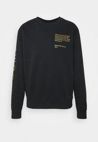 Nike Sportswear - CREW - Sweatshirt - black/gold foil - 4