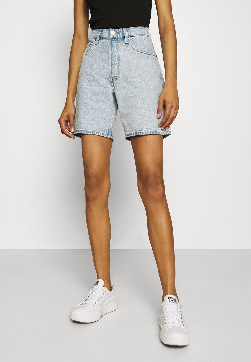 ARKET - SHORTS - Denim shorts - light blue