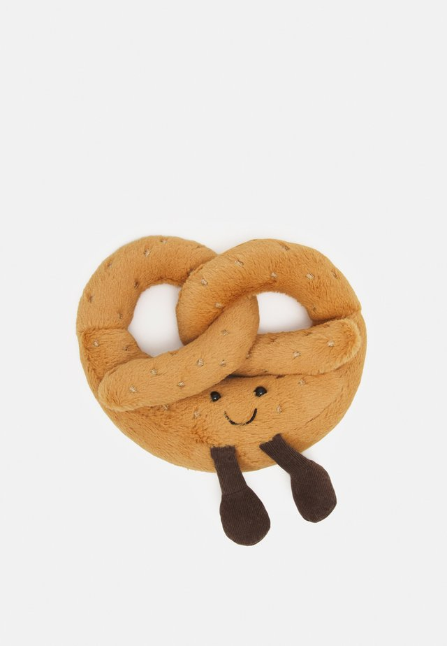 AMUSEABLE PRETZEL UNISEX - Pehmolelu - brown