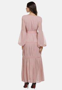 faina - KLEID - Maxi dress - rosa - 2