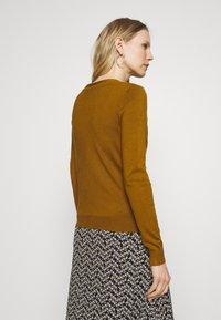 Anna Field - BASIC V-NECK CARDIGAN - Gilet - light brown - 2