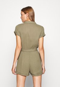 Abercrombie & Fitch - UTILITY ROMPER - Jumpsuit - olive - 2