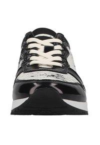 Living Kitzbühel - Sneakers laag - schwarz/weiß - 5