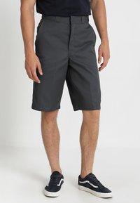 Dickies - MULTI POCKET WORK  - Shorts - charcoal - 0