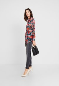 Esprit - SHAPI - Jeans Skinny Fit - grey - 1