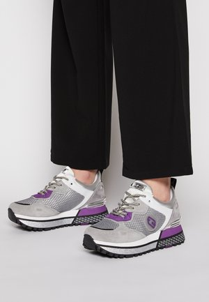 MAXI  - Trainers - grey