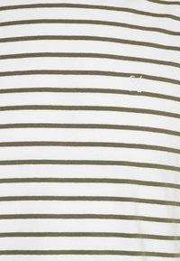 Casual Friday - TROELS - T-shirt print - olivine - 5