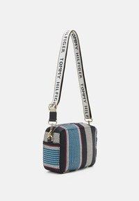 Tommy Hilfiger - ICONIC CAMERA BAG STRIPES - Handbag - blue - 1
