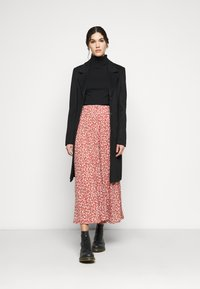 ONLY Tall - ONLPELLA SKIRT - Maxi sukně - mineral red - 1