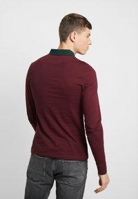 Pier One - MUSCLE FIT - Polo shirt - bordeaux - 2