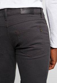 Farah - DRAKE - Slim fit jeans - charcoal - 5