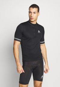 ODLO - STAND UP COLLAR ZIP ESSENTIAL - T-Shirt print - black - 0