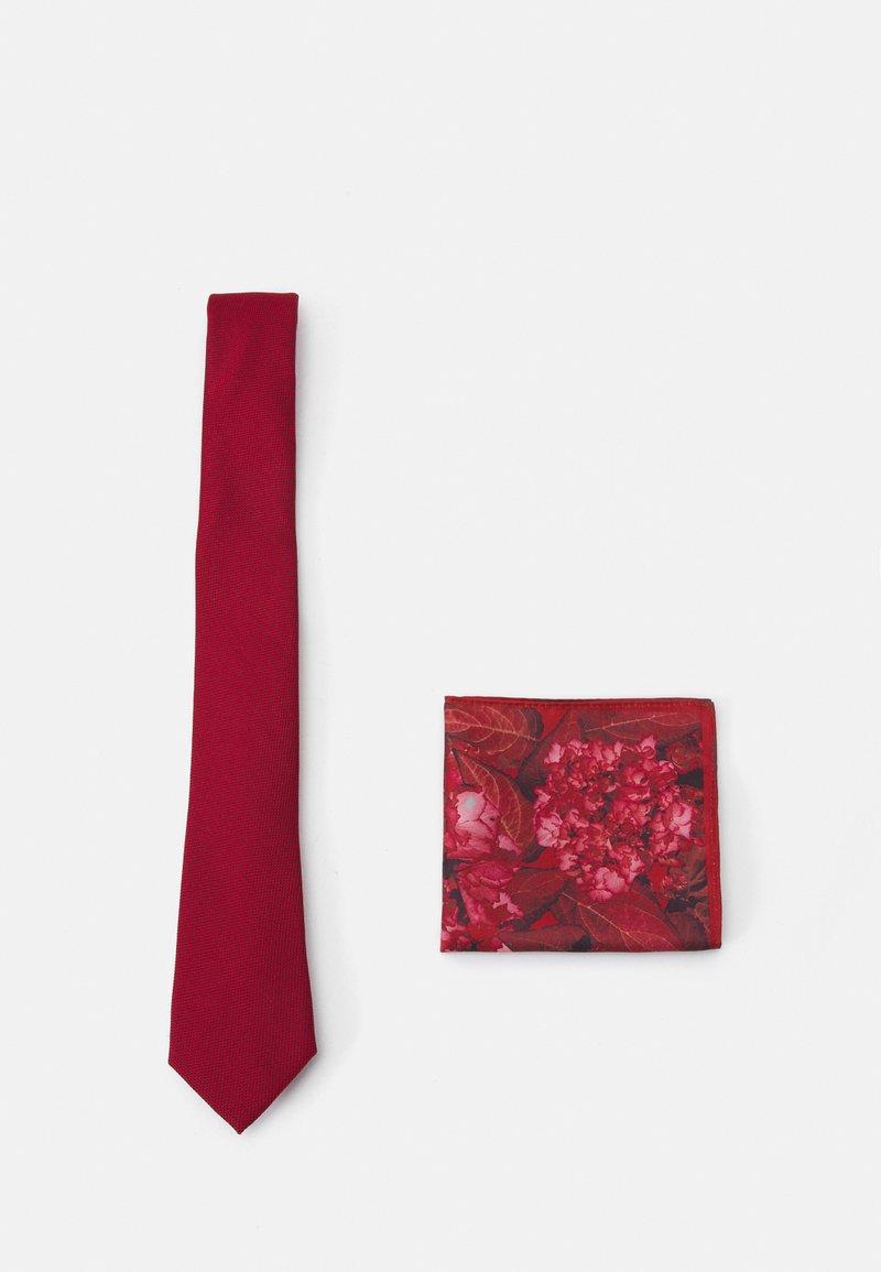 Burton Menswear London - GEO TIE HANKIE SET - Corbata - red