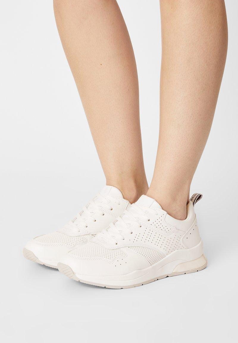 Tata Italia - NORA - Trainers - white