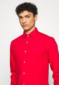 HUGO - KOEY - Formal shirt - red - 5