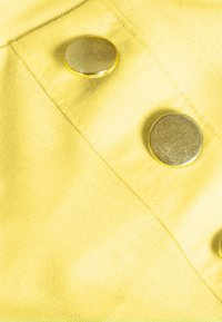 JDY - LONDON LIFE BUTTON - Basic T-shirt - yellow cream - 2
