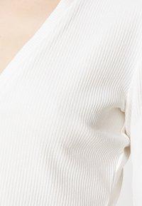 Monki - FREDDIE TOP - Long sleeved top - white - 4