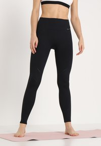 Nike Performance - STUDIO - Legging - black/thunder grey - 0