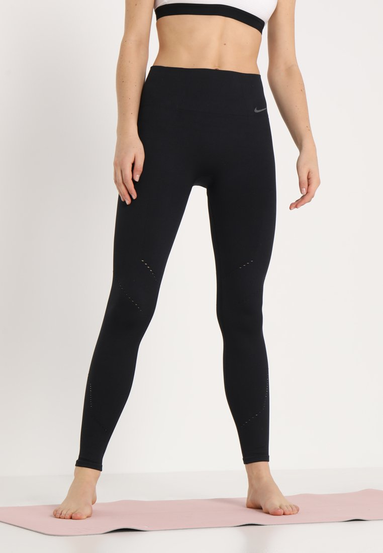Nike Performance - STUDIO - Legging - black/thunder grey