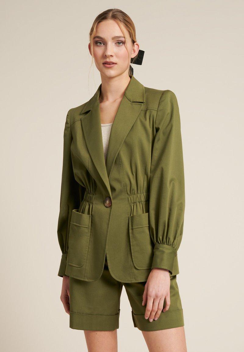 Luisa Spagnoli - VERMUT - Light jacket - verde militare