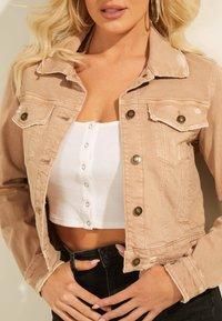 Guess - REGULAR FIT - Denim jacket - beige - 3