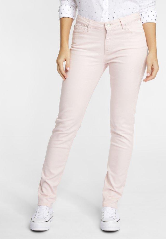 ELLY - Slim fit jeans - ecru