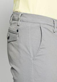 NN07 - JOE - Trousers - medium grey - 3