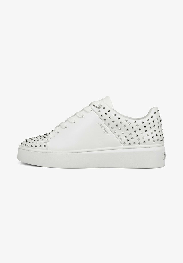 STUD-ED LOW TOP - Sneakers laag - white