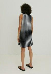 EDITED - ALEANA - Jersey dress - weiß - 2
