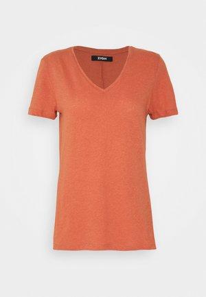 Basic T-shirt - light red