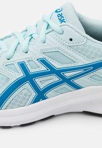 ASICS - JOLT 3 - Zapatillas de running neutras - aqua/reborn blue - 5