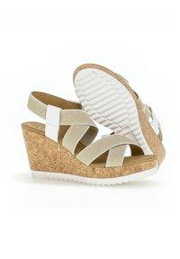 Gabor - Wedge sandals - weiãÿ - 2