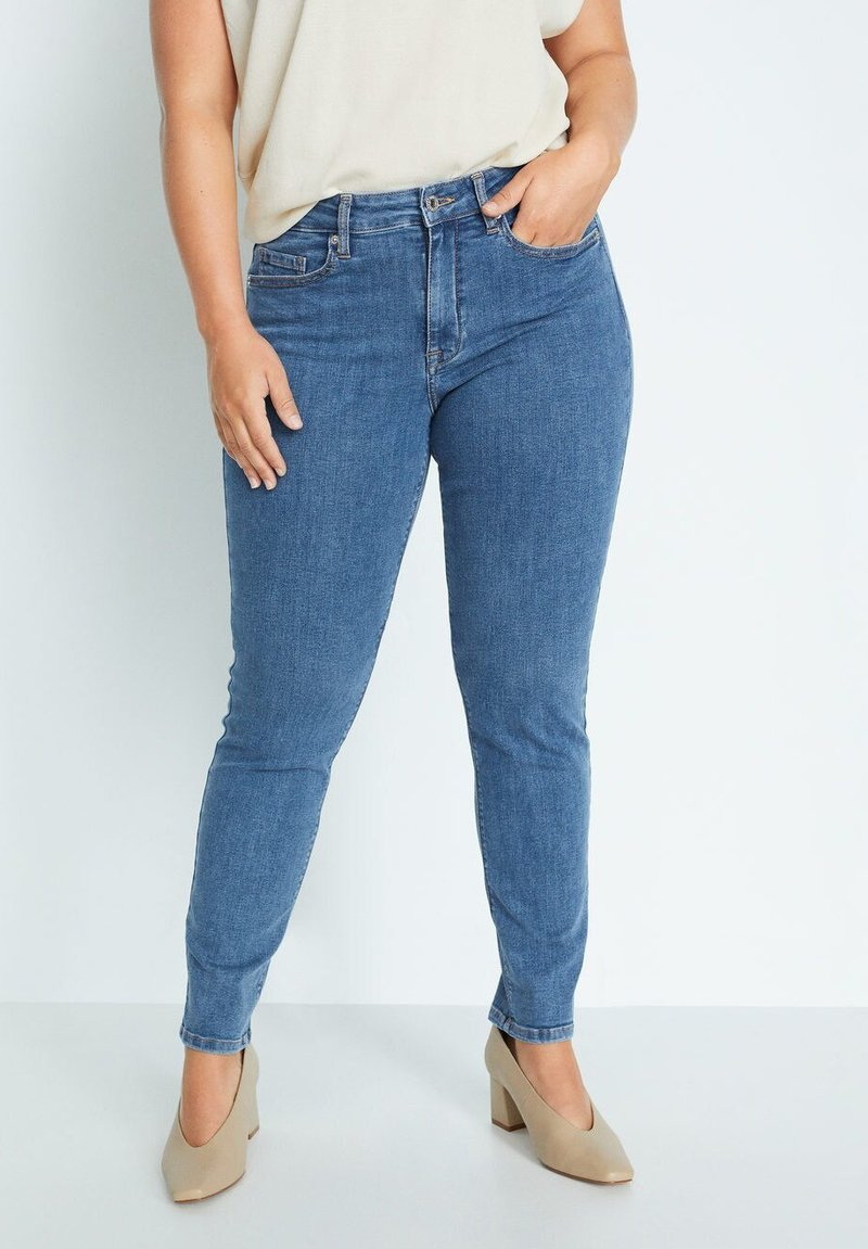 Violeta by Mango - SUSAN - Slim fit jeans - azul medio