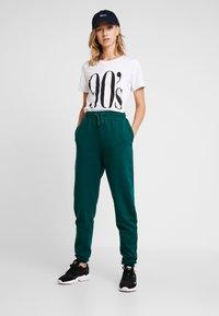 Even&Odd - Pantalones deportivos - teal - 1