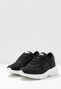 mtng - AIKO - Trainers - black - 4