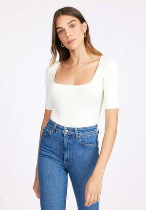 PULL LOLA ENCOLURE CARREE - T-shirt basic - ba off white/off white