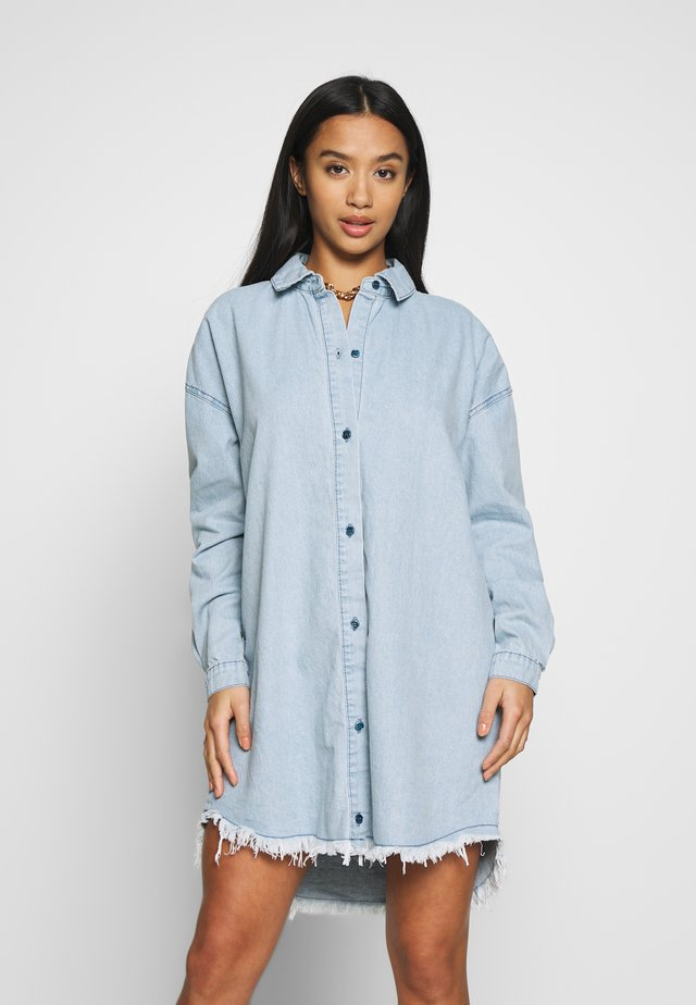 OVERSIZED - Korte jurk - blue
