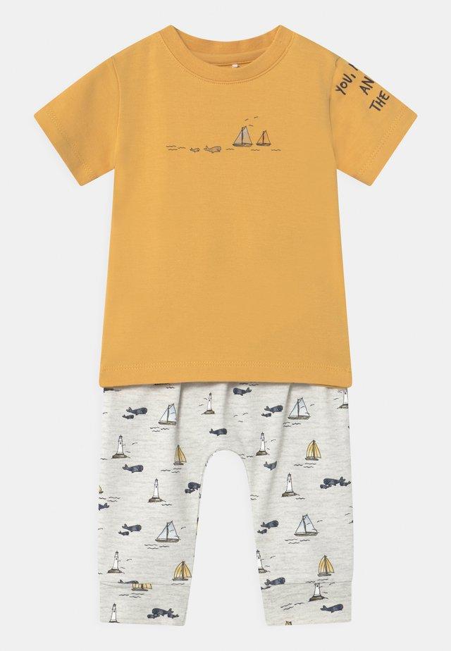 NBMFITAL SET - T-shirts print - ochre