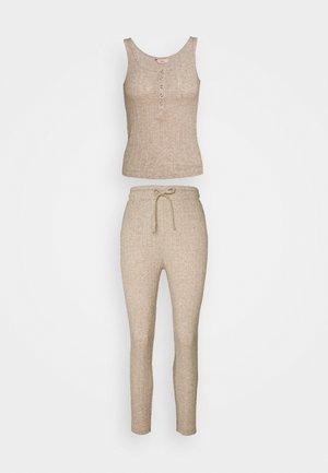LILLIE POINTELLE VEST AND LEGGING - Pyjamaser - oatmeal